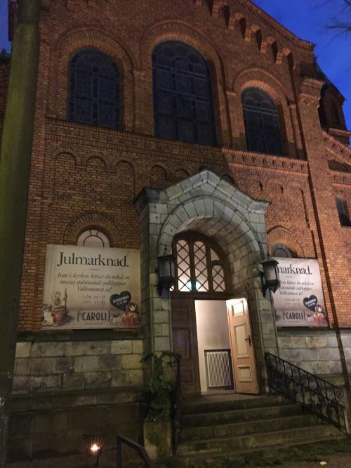 L'ingresso della chiesa