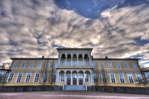 L'hotel. Foto di Håkan Dahlström, rilasciata su licenza Creative Commons